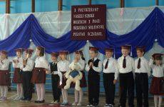 Więcej o: Ślubowanie klas pierwszych w Rudzie Wielkiej
