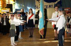 Więcej o: Ślubowanie klas pierwszych w Wierzbicy