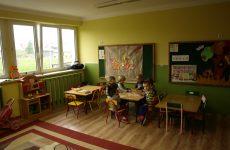 Więcej o: Nasze Dzieci w odremontowanym budynku przedszkola w Dąbrówce Warszawskiej