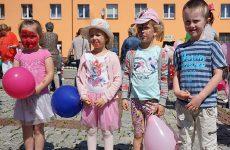 Więcej o: Świetna zabawa podczas festynu w Wierzbicy