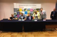 Więcej o: 150 tysięcy złotych na modernizację obiektu sportowego. Umowa podpisana