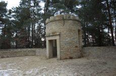 Więcej o: Koniec prac remontowych na cmentarzu w Rudzie Wielkiej
